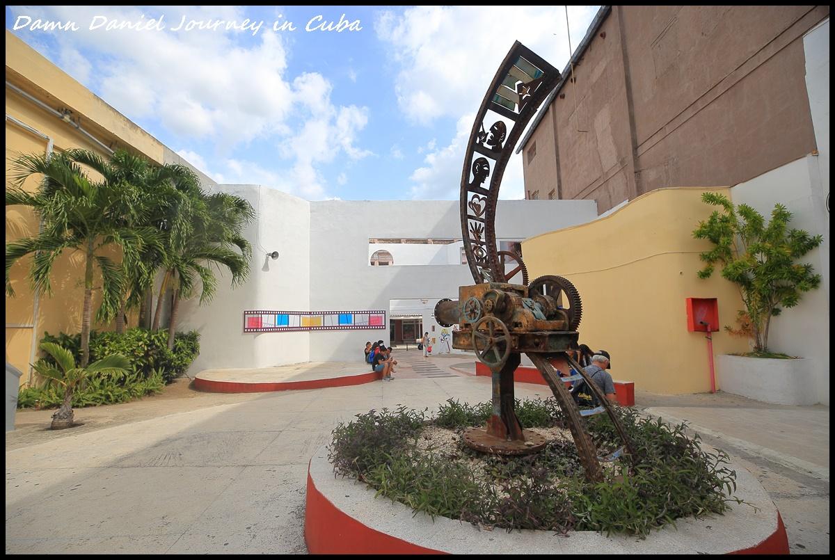 [古巴] 2019極度衝動(1天內決定、5天後出發)隨興古巴行,含機票、出入境、簽證(旅遊卡)、換匯、住宿、網路及巴士等資訊。 @小盛的流浪旅程