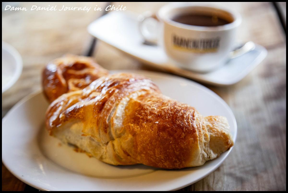[智利阿塔卡馬] La Franchuteria 荒漠之中飄香的美味烘焙坊 份量極度誇張的法式麵包 @小盛的流浪旅程