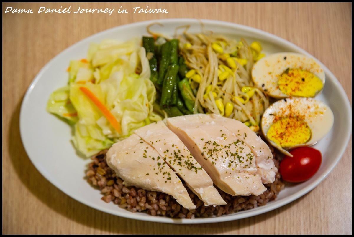 [台北中山] Chez la mére(吃了沒)健康空間 捷運行天宮站推薦美食 低溫舒肥與在地食材搭配而成的健康料理 @小盛的流浪旅程