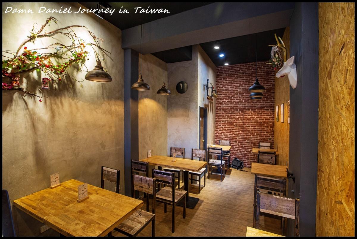 [台北大安] 甩泰咖哩專賣店 簡單工業風的風格搭配絕頂美味綠咖哩 @小盛的流浪旅程