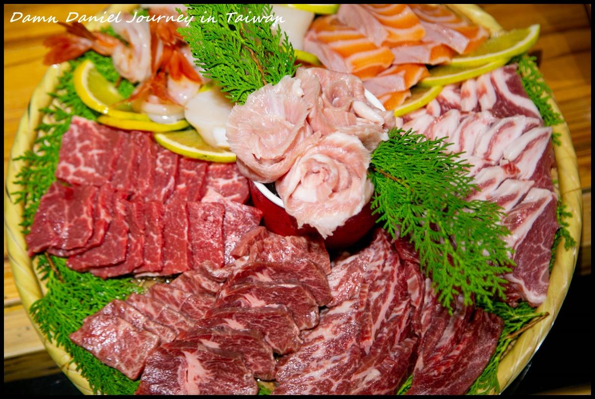 [台南中西區] 阿松割包  永樂市場超美味小吃 全台僅有的奇特豬舌割包 @小盛的流浪旅程