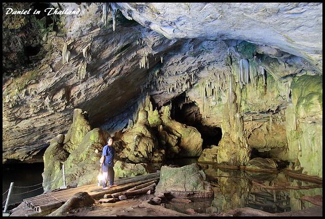 【泰北.清邁.湄宏順/夜豐頌】Tham Lod Cave塘露石窟 探索逾千年歷史、鬼斧神工的懸棺鐘乳石洞 @小盛的流浪旅程