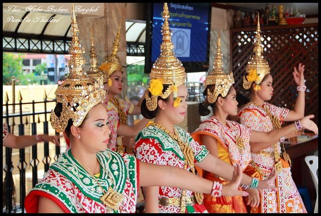 【泰國曼谷】曼谷必參訪超靈驗的Thao Maha Brahma四面佛 @小盛的流浪旅程