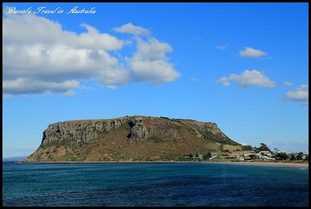 【澳洲塔斯馬尼亞】The Nut 火山岩層佇立於海中之海上烏魯魯 @小盛的流浪旅程