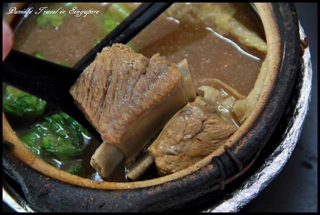 【新加坡】小中東 梁記(巴生)肉骨茶 甘醇濃郁的風味 @小盛的流浪旅程