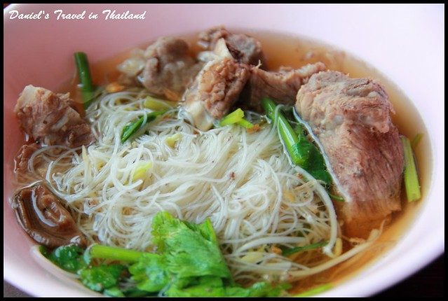 【泰國清邁】Blue Shop 古城區內簡單卻有極度美味的優質米粉湯 @小盛的流浪旅程