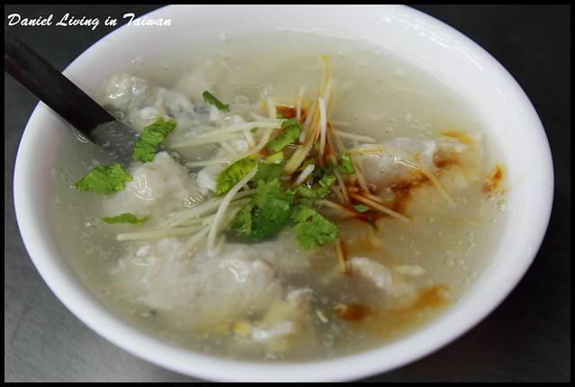 【台南中西區】阿鳳浮水虱目魚羹 @小盛的流浪旅程