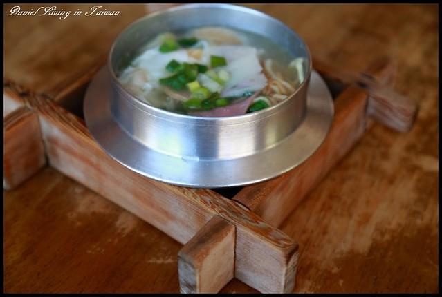 【台南東區】古早味鍋燒意麵 憶起小時候久違的懷舊風味 @小盛的流浪旅程