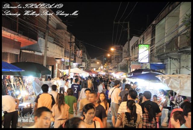 【泰國清邁】清邁超好逛的特色市集 週六市集Wualai Walking Street @小盛的流浪旅程