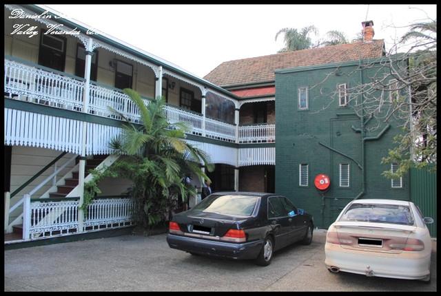 【澳洲布里斯本】Valley Verandas 超過百年歷史的建築 超推薦的Backpacker @小盛的流浪旅程